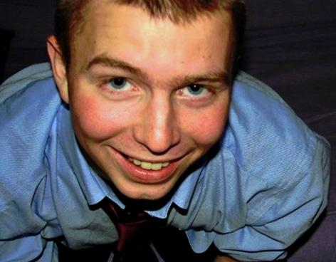El soldado raso, Bradley Manning, lleva nueve meses sometido a aislamiento y tratos degradantes. Acusado de filtrar documentos a WikiLeaks, el soldado cuenta en una carta sus días de confusión y desesperación en un calabozo.