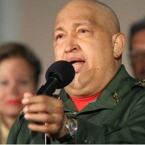 "Hugo Chávez Frías Presidente de la República Bolivariana de Venezuela"""